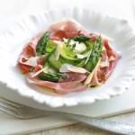 Salata cu prosciutto si sparanghel