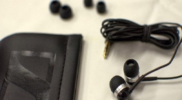 Care sunt cele mai bune casti pentru telefoanele mobile CX300