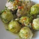 Varza de Bruxelles cu legume si pui