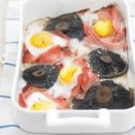Ciuperci la cuptor cu sunca si oua